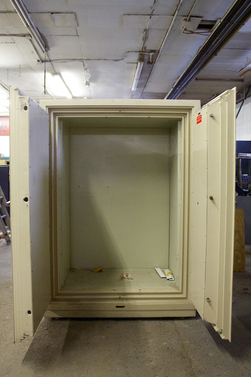Pre Owned Diebold 4 Hour Double Door Fire Safe Lackasafe