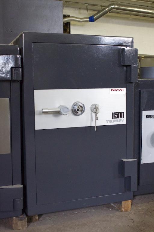 3722 ism treasury trtl30x6 high security used safe lackasafe. Black Bedroom Furniture Sets. Home Design Ideas
