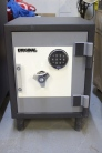 Used 1612 Original Resistor Safe Demo Model