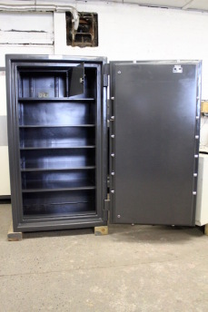 Used ISM 6333 Cash Vault TL30 High Security Safe