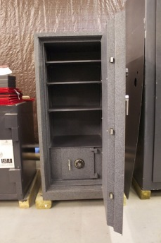 Gardall Fire Safe With Burglary Chest Lackasafe New