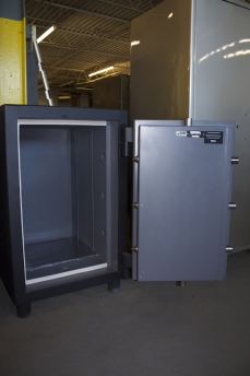 3320 Original Safe and Vault Inc. TL30X6 High Security Used Safe