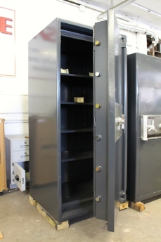 Used John Tann 7026 TRTL30X6 Torch and Tool Resistant Safe