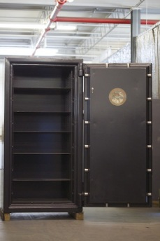 Used 6428 Chatwood Milner TRTL30X6 Equivalent High Security Safe