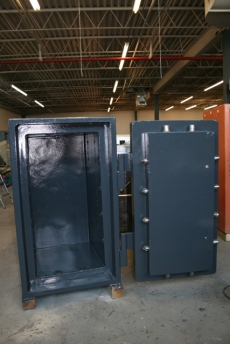 Pre Owned ISD 4020 TRTL30X6 High Security Safe
