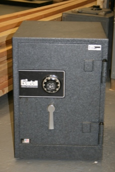 Used Gardall 1712 Home Safe