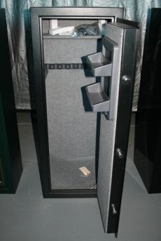 Steel Plate For Sale >> Used Stack On 10 Gun Safe Black E-Lock GSB -710E