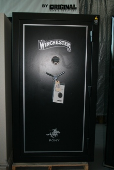 Winchester Pony 7240 Showroom Model Gun Safe