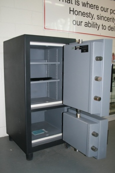 Original High Security Double Door Drop Safe Model 2618