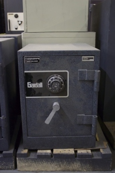 Used Gardall 1 Hour Fireproof Home Safe Lackasafe