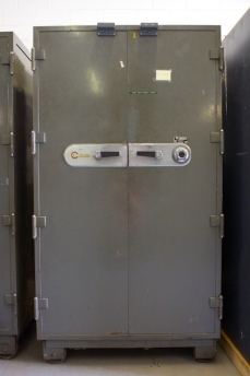 Used Mosler Double Door Fire Safe 2 Hours Of Fire Protection