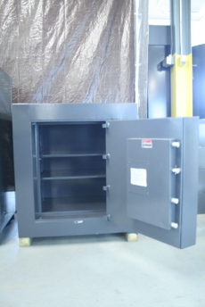 Used Mosler 2824 Money TRTL30 High Security Safe