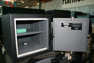 Home Safes home safe model 1212 enforcer used safe